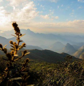 Pelas trilhas do montanhismo